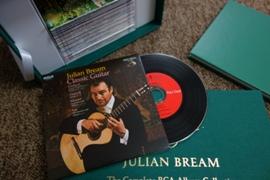 Julian Bream - CDがレコード盤風