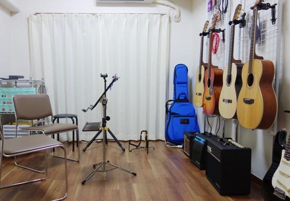ギター教室 レッスン室