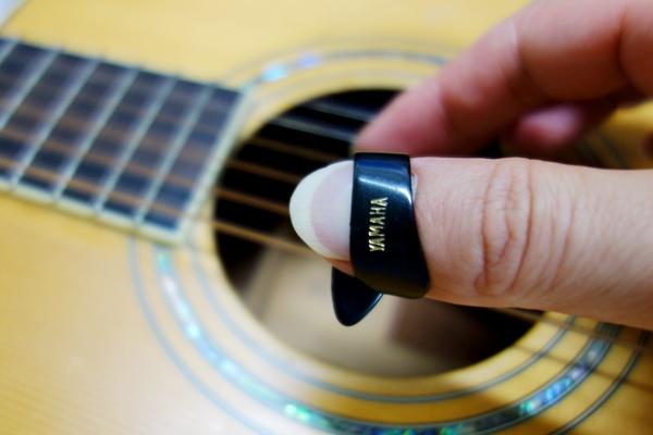 Thumb_pick02