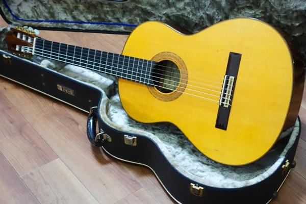 classical_guitar_repair01
