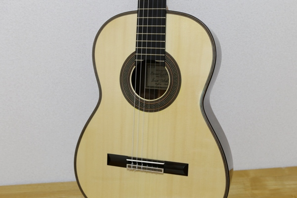 Enrico Bottelli クラシックギター