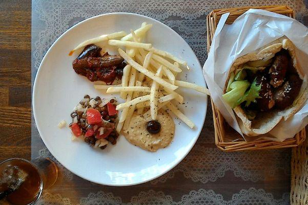 モロッコ料理 ファラフェル サンド