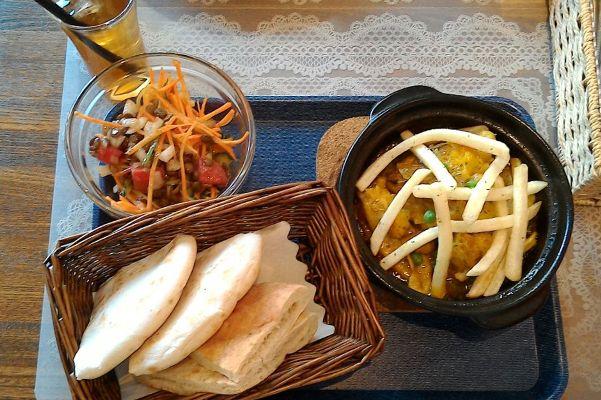 モロッコ料理 レモン チキン タジン