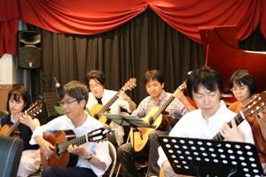 クラシックギター合奏