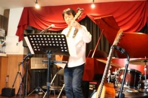 講師のギター演奏