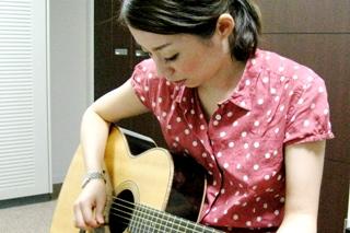 ギター教室のレッスン風景
