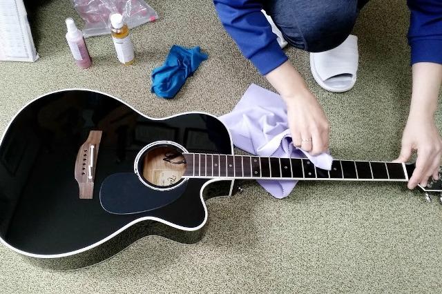 生徒さんのアコースティックギター