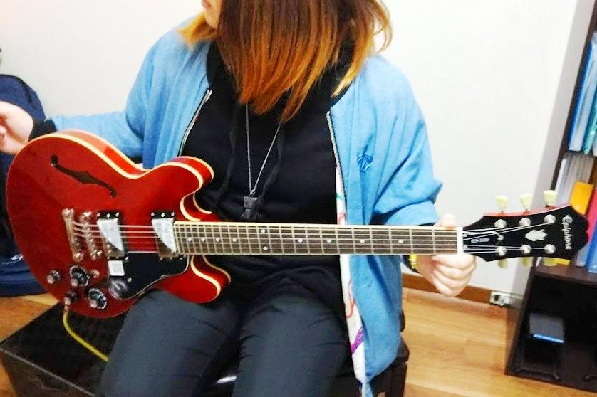epiphone-es339 エレキギター