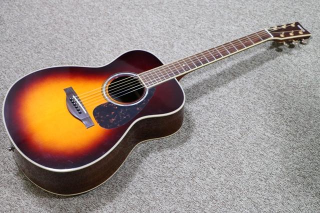 アコースティックギターの修理