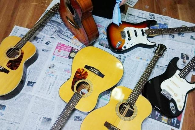 レッスン用のギター 弦交換